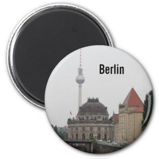 Berlin TV Tower 6 Cm Round Magnet