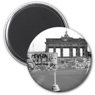 Berlin Wall 6 Cm Round Magnet