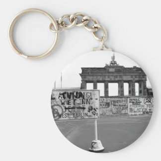 Berlin Wall Basic Round Button Key Ring