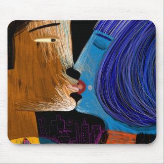 Beso con lengua alfombrillas de ratón
