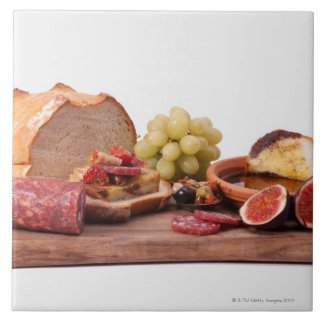 best snacks for wine tile