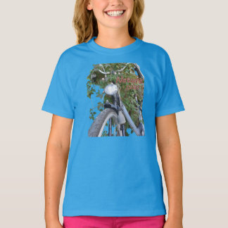Bicycle covered with Clematis Girls Basic T-shirt