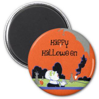 Big Bat Causes Fright Vintage Halloween 6 Cm Round Magnet