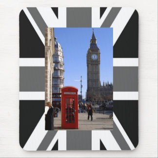 Big Ben and Red Telephone box in London Mouse Mat