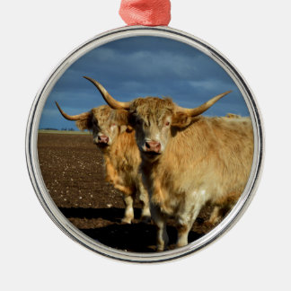 Big_Fawn_Highland_Cows,_ Silver-Colored Round Decoration