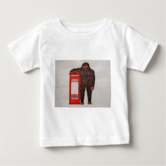 Big foot with phone box, baby T-Shirt