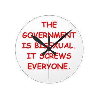 big government round wallclock