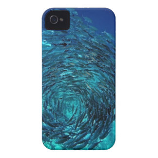 Bigeye trevally (Caranx sexfasciatus), swimming iPhone 4 Case-Mate Case
