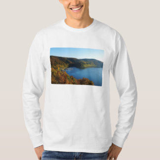 Biggetalsperre in the autumn T-Shirt