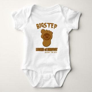 Bigstep Legend of Dubfoot FUNNY BIGFOOT DUBSTEP Tshirt
