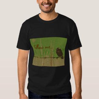 Bird green forest nature painted twitter follow me T-Shirt