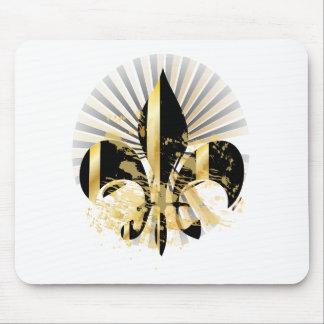 Black and Gold Fleur de Lis Mouse Pad