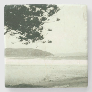 Black and white beach stone coaster