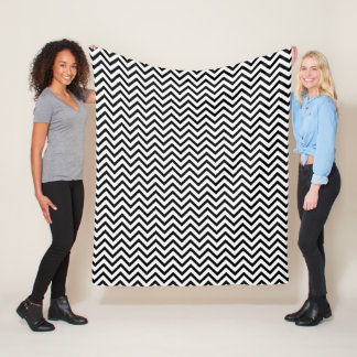 Black and White Chevron Pattern Fleece Blanket