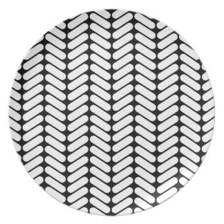 Black and White Chevron Pattern, Like Knitting. Plate