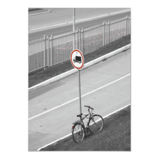 BLACK AND WHITE CITY ROADWAY 13 CM X 18 CM INVITATION CARD