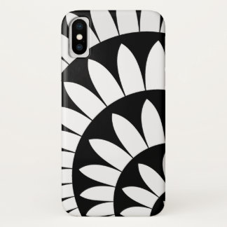 Black and White Flower Petals iPhone X Case