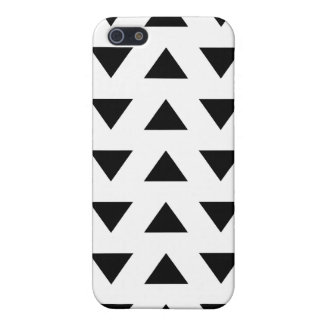 Black and White Geometric Pattern of Triangles. iPhone 5/5S Case