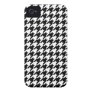 Black and White Houndstooth iPhone 4/4S Case