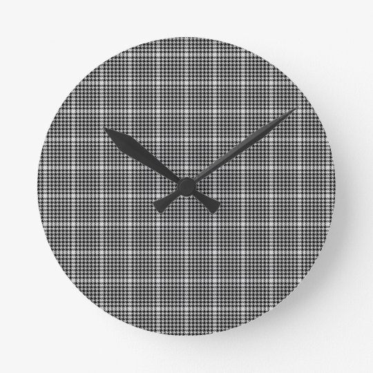 Black and White Houndstooth Tartan Plaid Round Clock