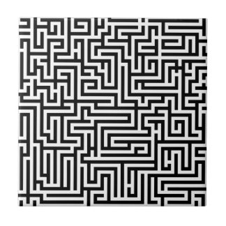 Black and white labyrinth maze tile