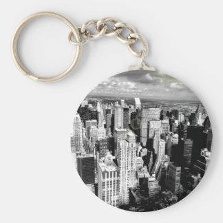 Black and White New York City Skyline Basic Round Button Key Ring