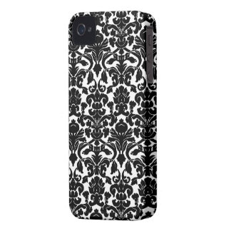 Black and White Ornate Floral Damask Pattern iPhone 4 Cover
