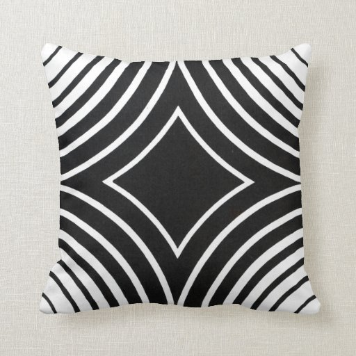 Black and White Pattern Pilllow Throw Pillow