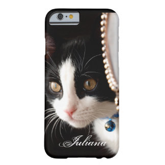 Black and White Peek a Boo Cat iPhone 6 case