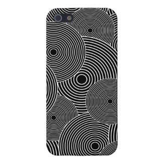 Black and White Retro Circles Pattern Case For The iPhone 5