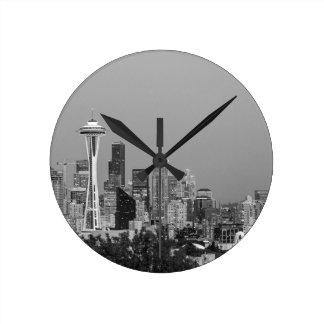 Black and White Seattle cityscape Round Clock