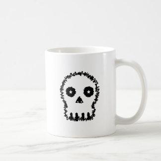 Black and white skull v6. mug
