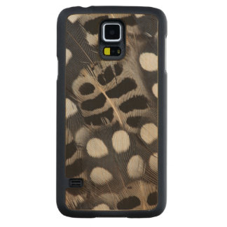Black And White Spotted Feathers Carved Maple Galaxy S5 Case