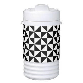 Black And White Triangle Pattern Drinks Cooler