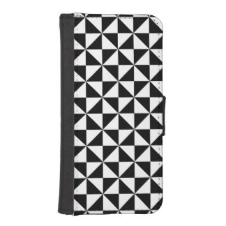 Black And White Triangle Pattern iPhone SE/5/5s Wallet Case