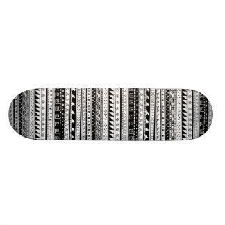 Black and white Tribal pattern 21.6 Cm Skateboard Deck