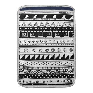 Black and white Tribal pattern MacBook Sleeve