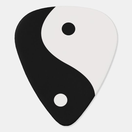 Black and White Yin Yang Guitar Pick