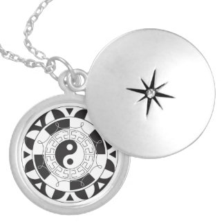 Black And White Yin Yang Pattern Locket Necklace