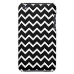 Black and White Zig Zag Pattern. Case-Mate iPod Touch Case