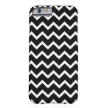 Black and White Zig Zag Pattern. iPhone 6 Case