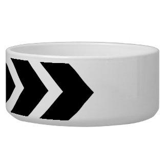 Black and White Zig Zag Pattern. Part Plain.