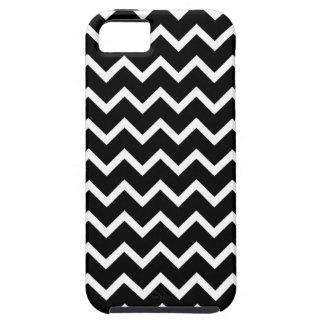 Black and White Zig Zag Pattern. Tough iPhone 5 Case