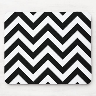 Black and white  Zigzag Chevrons Pattern Mouse Mat