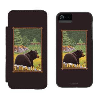 Black Bear in Forest - Idaho Incipio Watson™ iPhone 5 Wallet Case