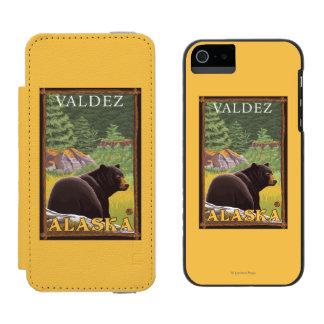 Black Bear in Forest - Valdez, Alaska Incipio Watson™ iPhone 5 Wallet Case