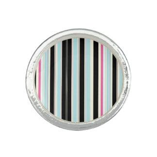 Black Blue White Pink Vertical Stripe Pattern