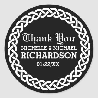 Black Braided Celtic Wreath Wedding Favor Round Sticker