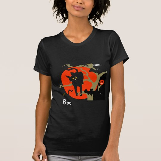 Black cat and bats Halloween shirt! T-Shirt