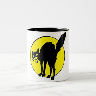 Black Cat in Front of the Moon Mug